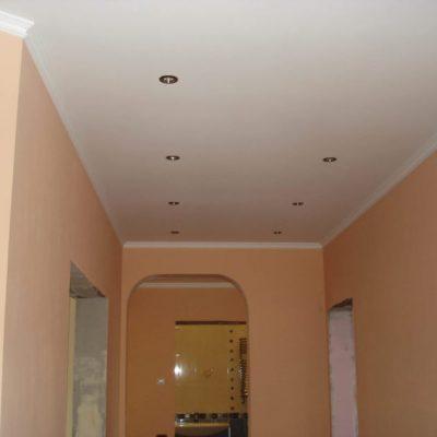 Матовый потолок белый фото