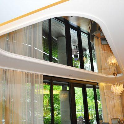 Подвесные потолки зеркальные