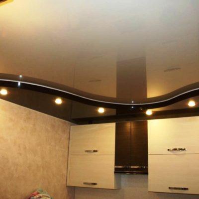 Потолок двухуровневый