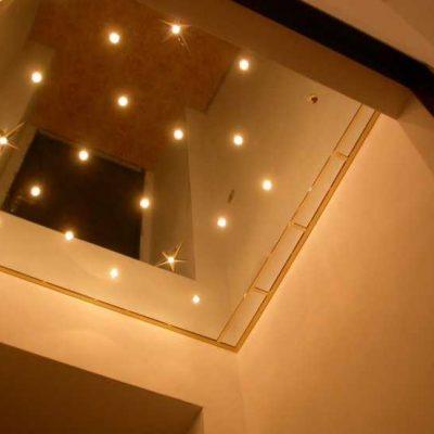 Потолок навесной зеркальный