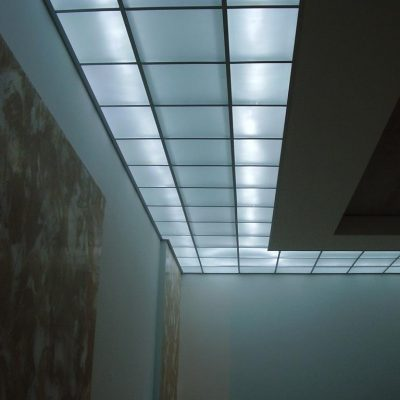 Потолок со стеклом