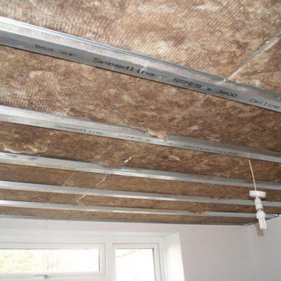 Шумка потолка