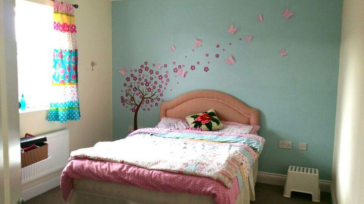 Дизайн спальной комнаты для маленьких девочек