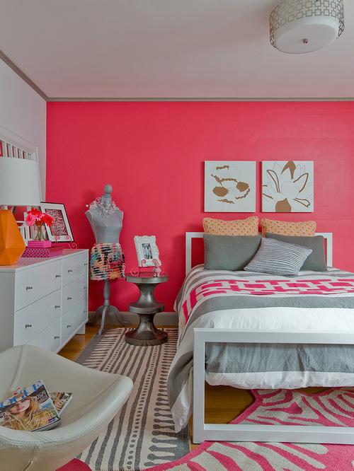 Милая спальная комната для девочек в розовом цвете