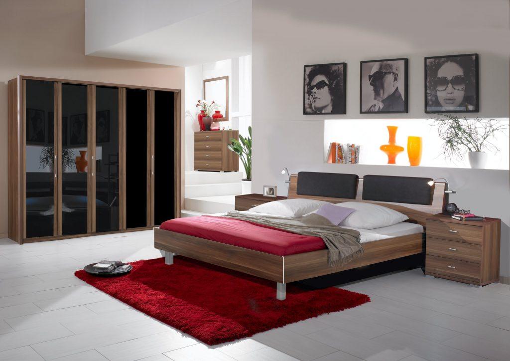 Яркий дизайн кровати для вашей спальной комнаты