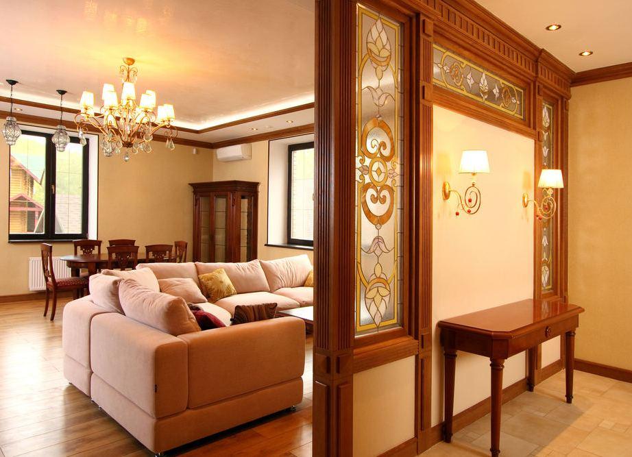 Декоративная перегородка для зонирования гостиной от спальни