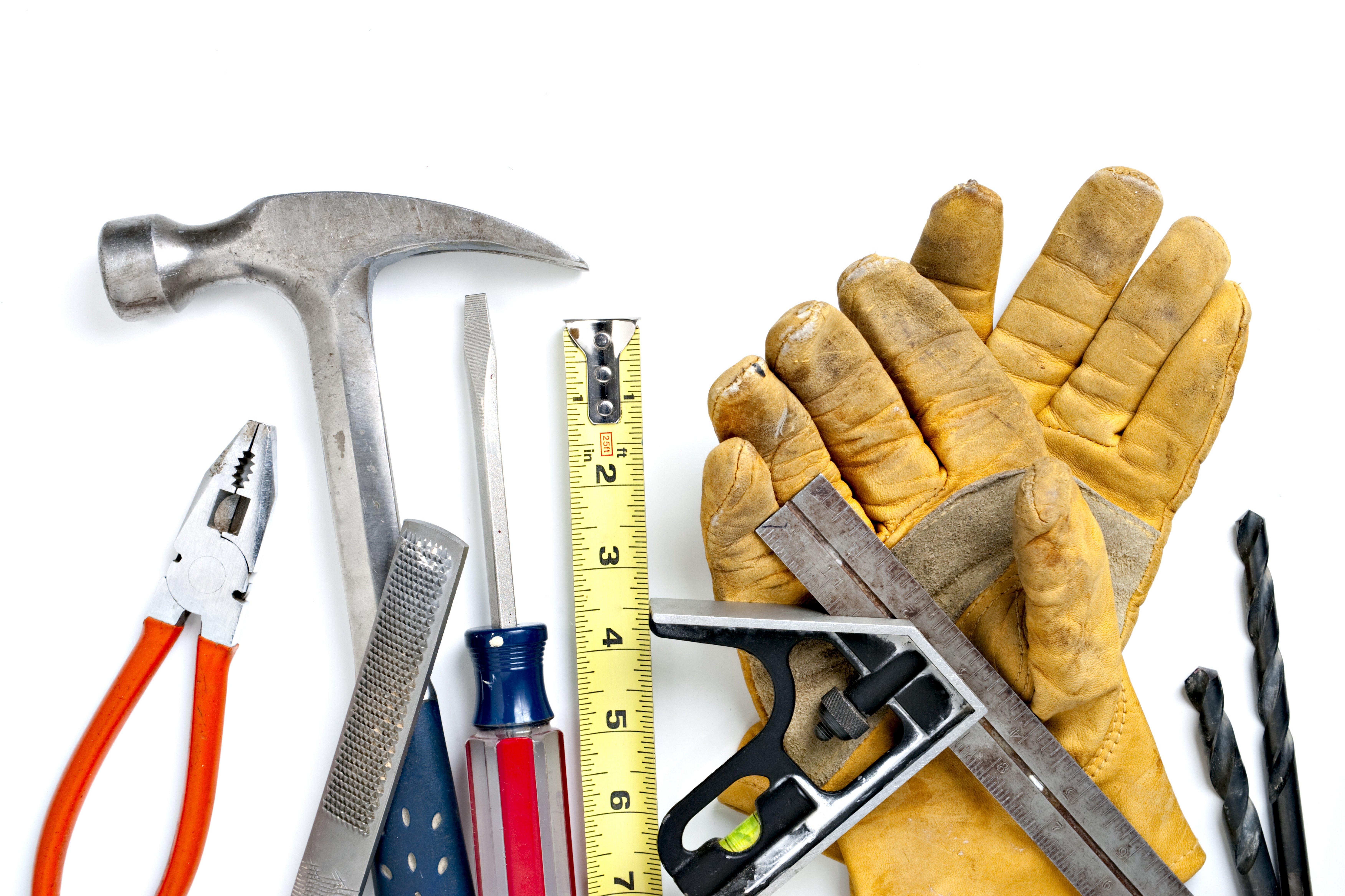 Инструменты необходимые для внутренней отделки стен