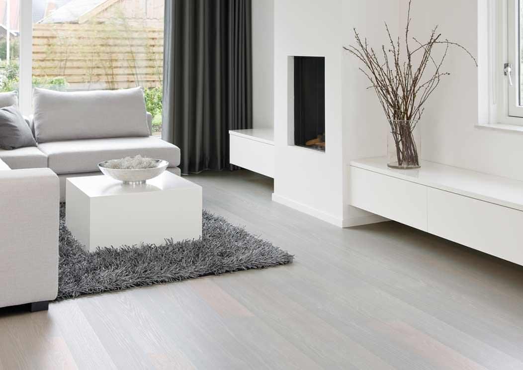 Использование белого ламината в дизайне комнаты