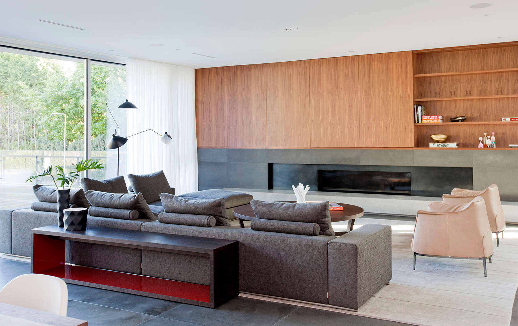 Подбор мебели для интерьера внутри частного дома