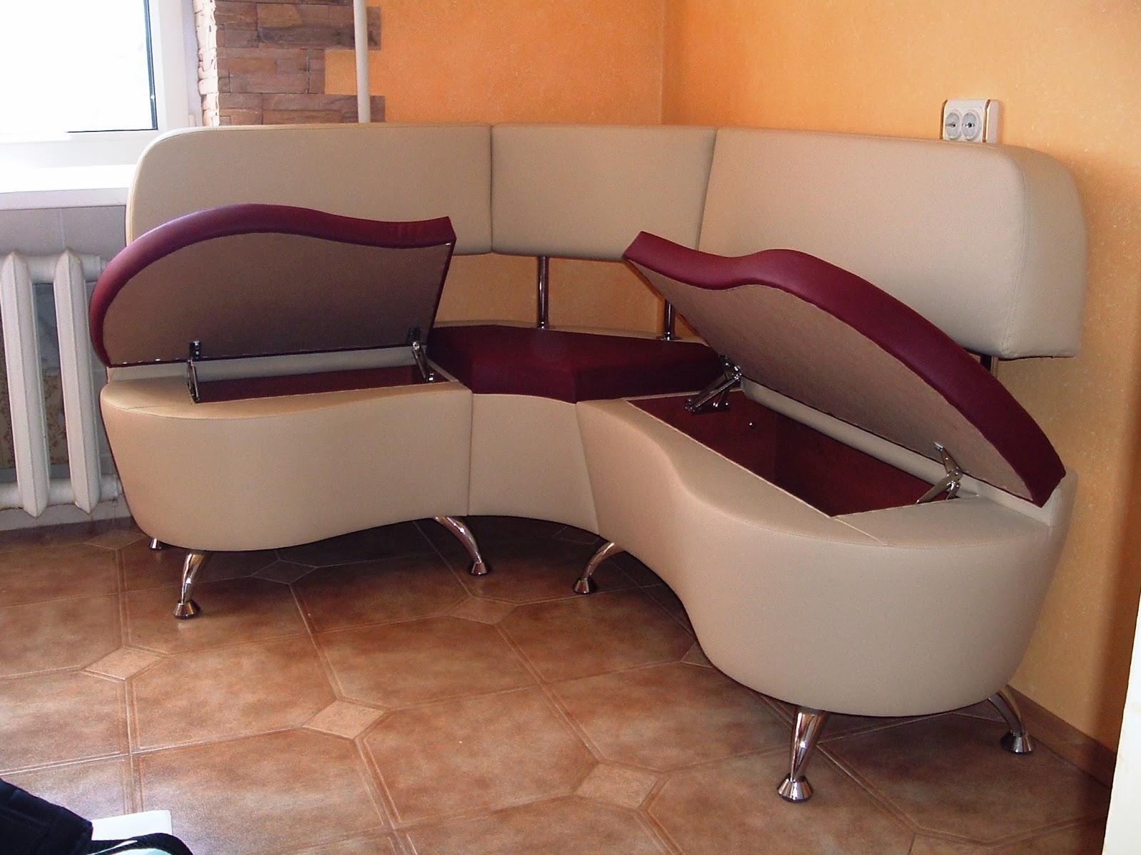 В диване-уголке можно хранить посуду