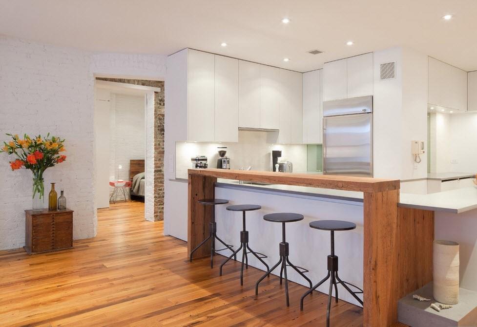 Двухуровневая барная стойка в интерьере гостиной