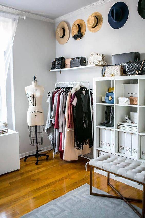 Стильный дизайн гардеробной комнаты