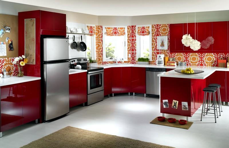 оформление кухни в красных тонах