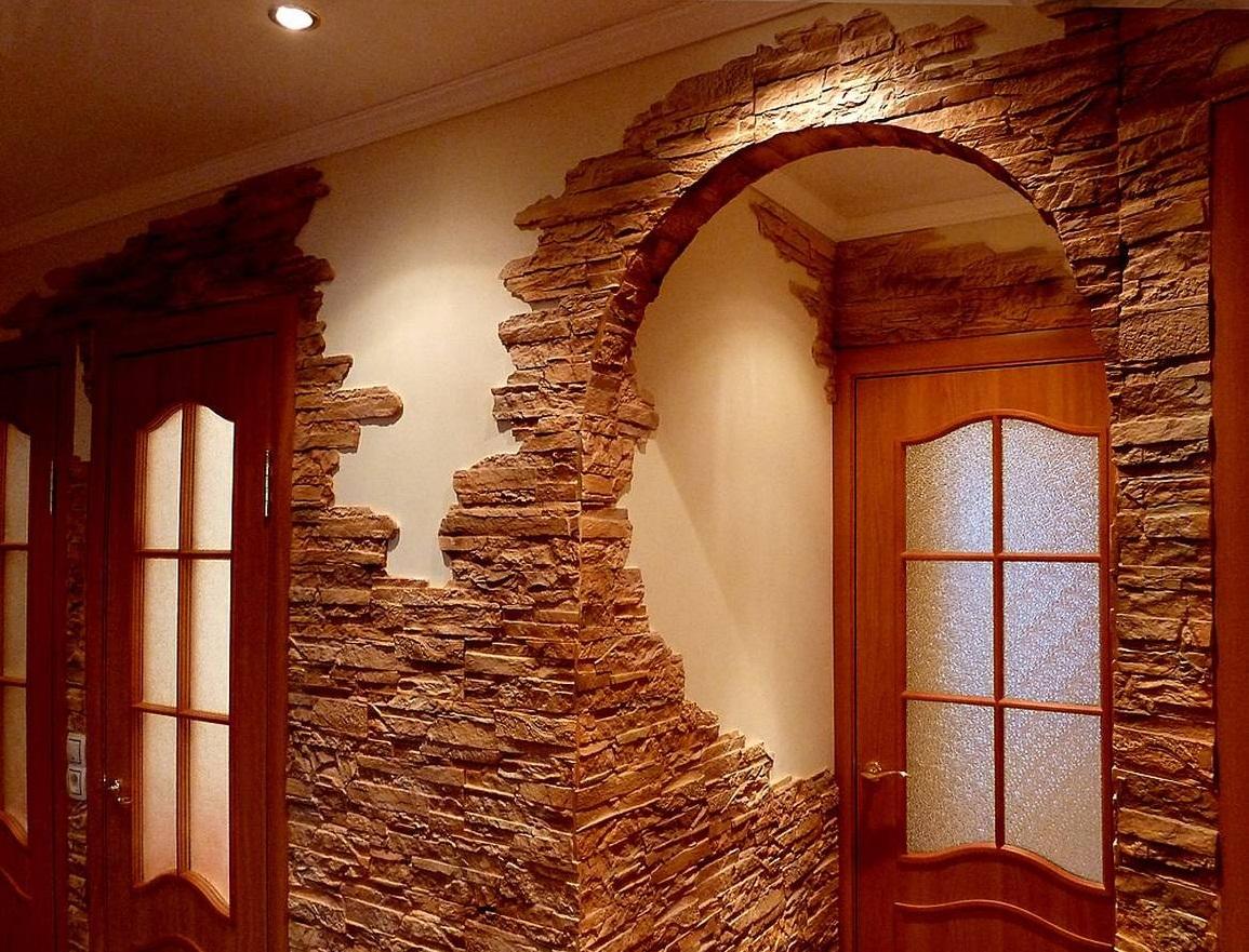 Арку можно украсить декоративным камнем