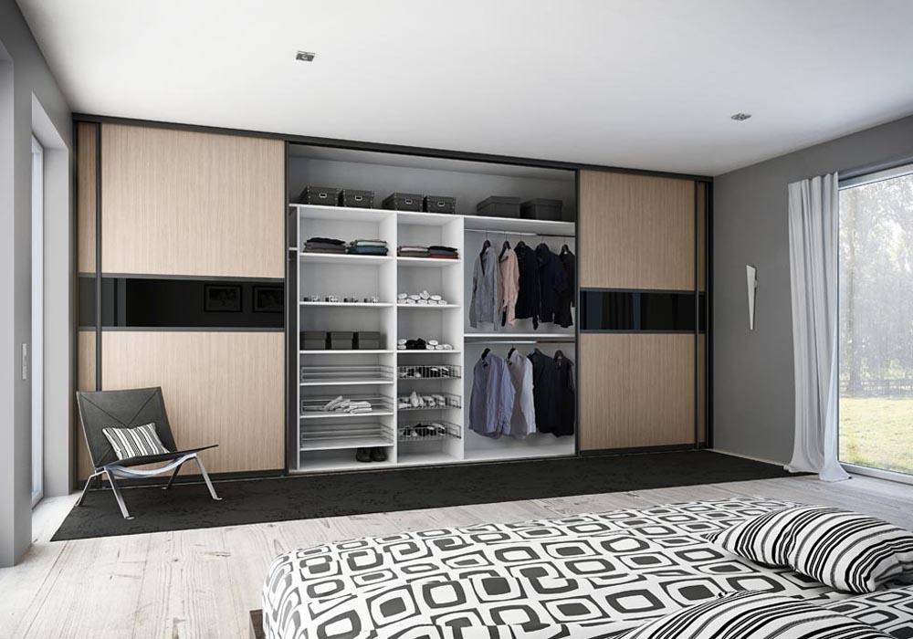 Шкаф-купе во всю стену в спальню