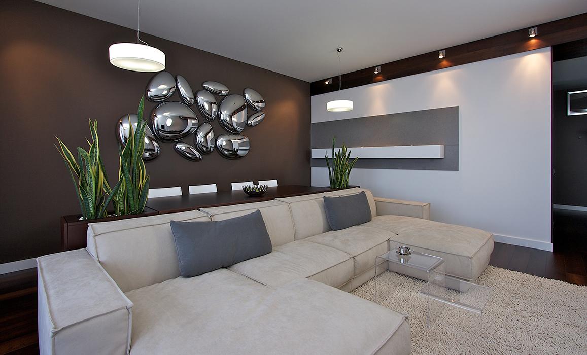 Интерьер зала в стиле хай-тек