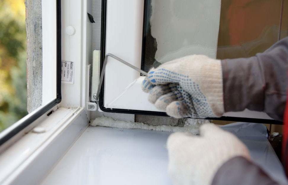 Остекление пластиковыми окнами