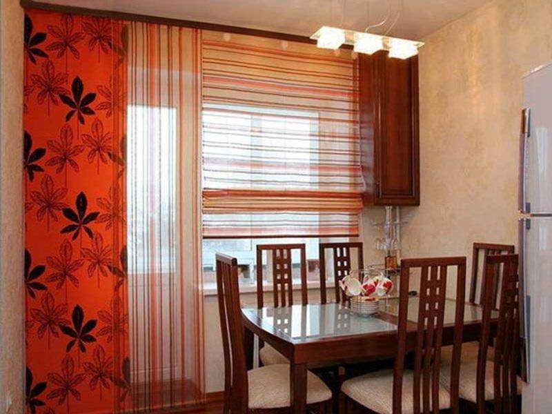 Тюль на кухню с балконной дверью