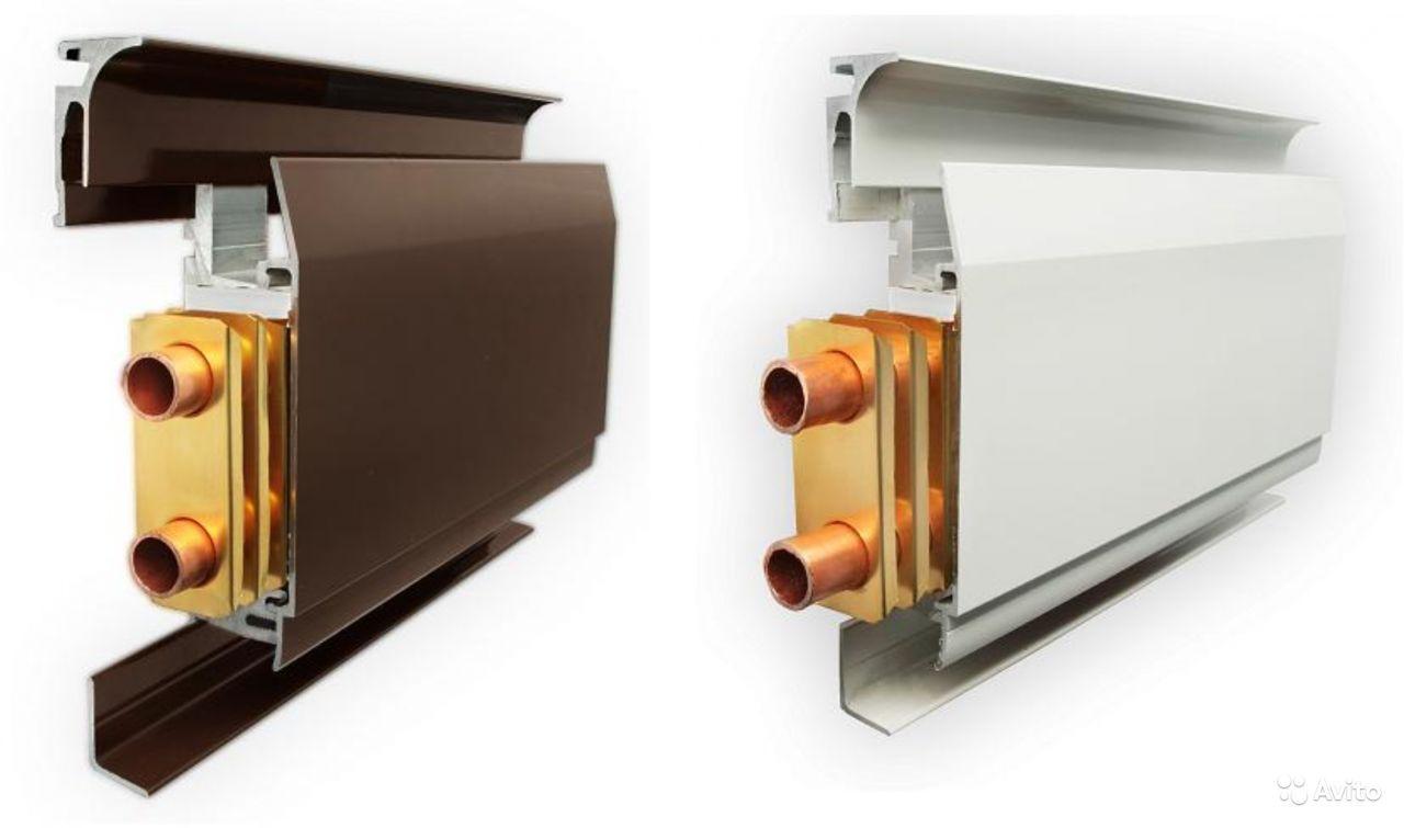 Наличие различных декоративных панелей позволит вписать теплый плинтус практически в любой интерьер
