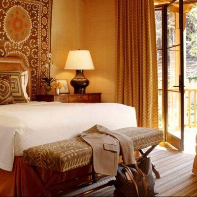 Красивая спальня в африканском стиле