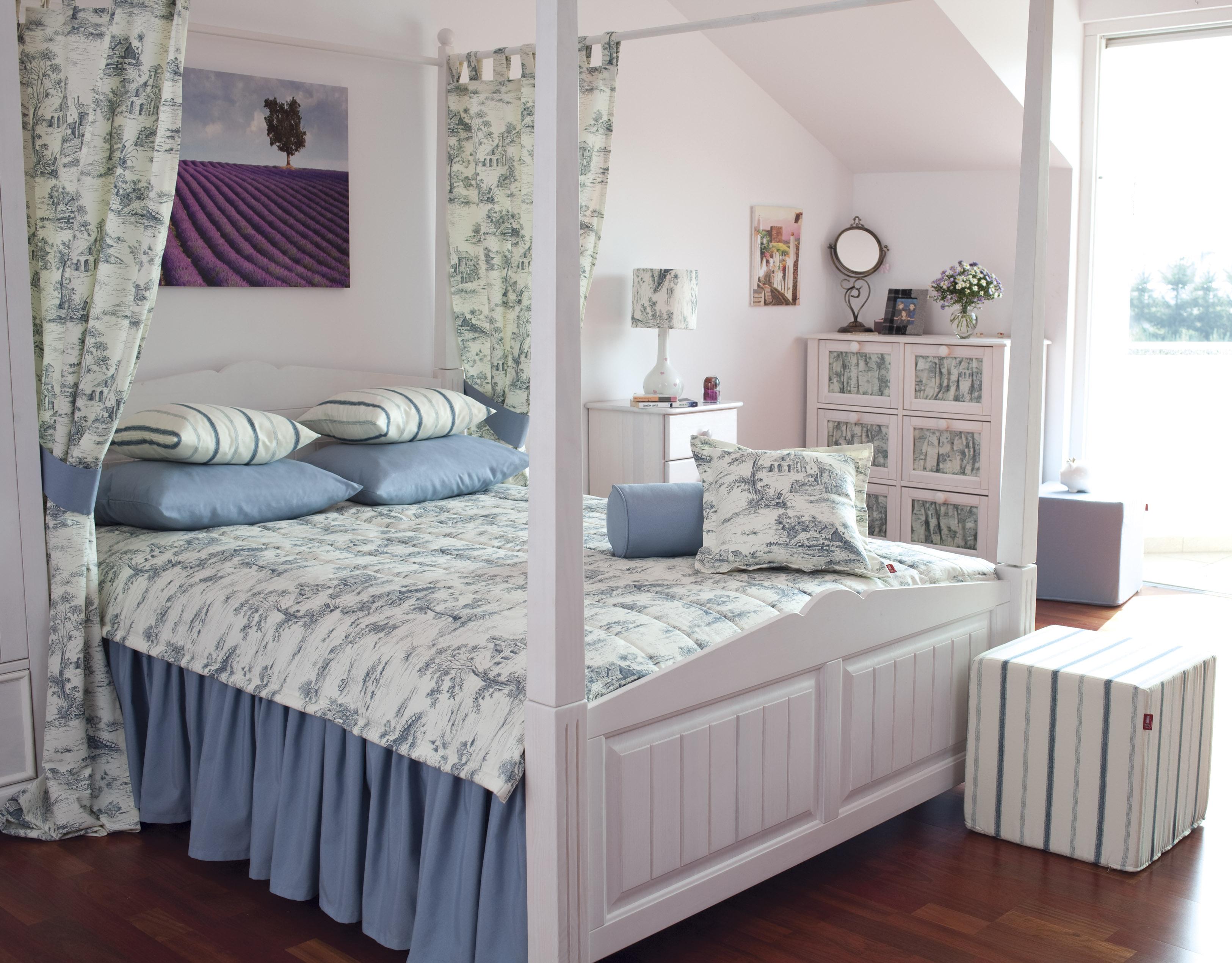 Сундук в спальню в стиле Прованс