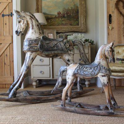 Старинные лошадки – качалки в стиле шебби-шик