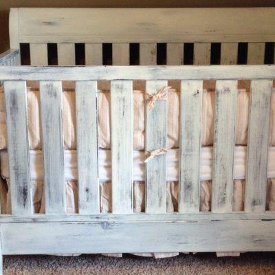 Кроватка в стиле шебби-шик