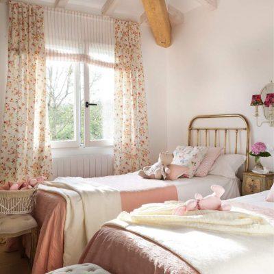 Фото интерьера детской комнаты в стиле кантри