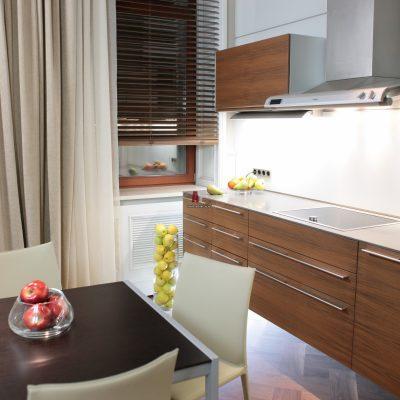 Картинка интерьера кухни квартиры в стиле фьюжн