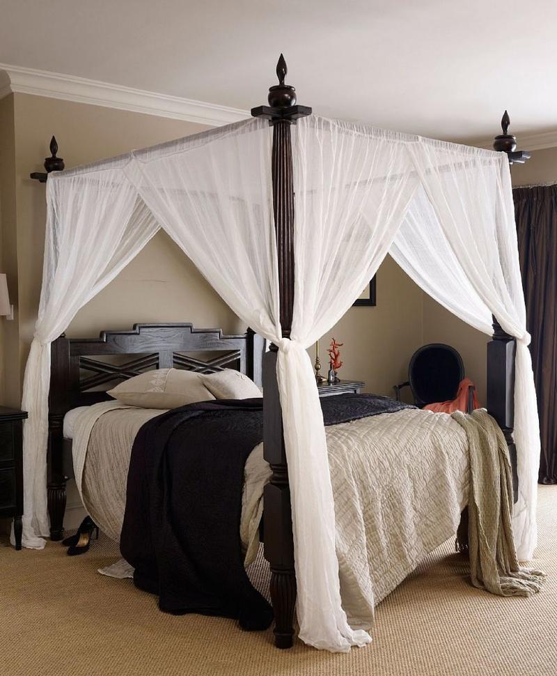 Кровать в греческом стиле