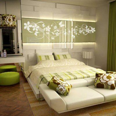 Спальня в экостиле в светло-зеленых тонах