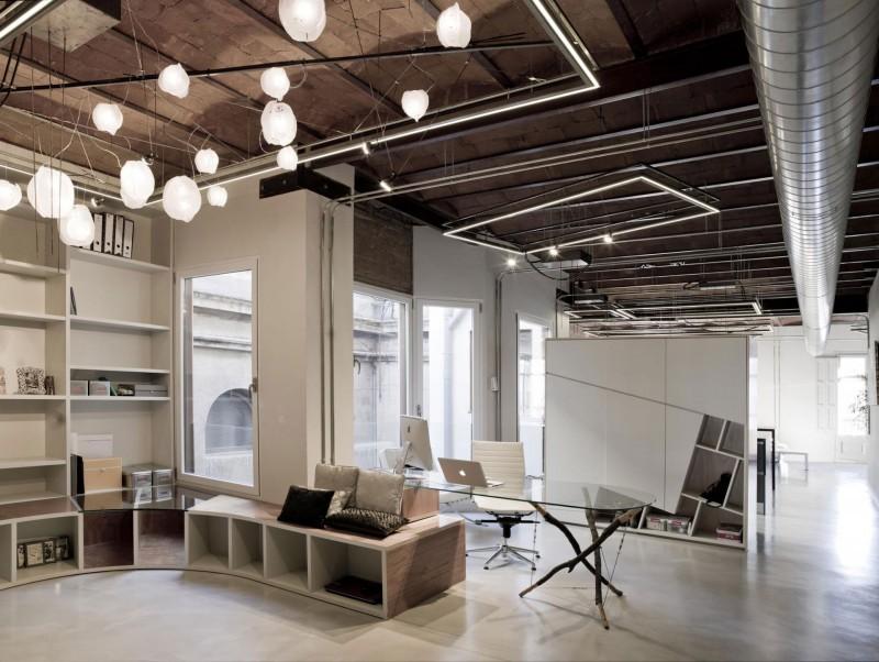 Современный кабинет в стиле модерн