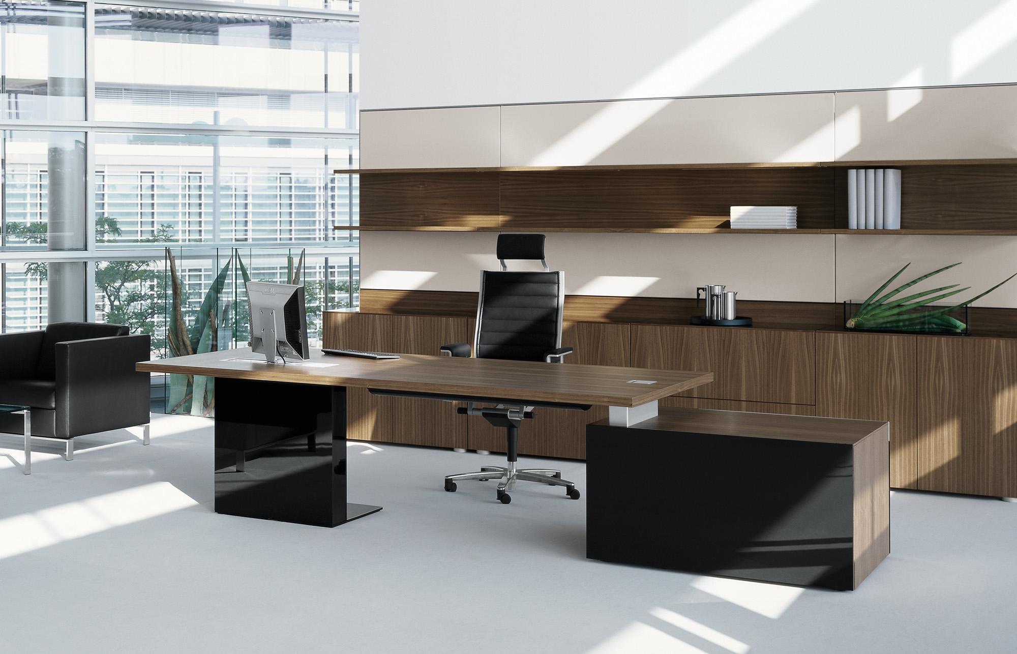 Деревянная мебель в стиле модерн