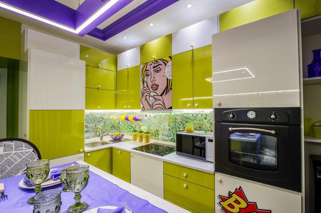 Яркие, сочные цвета на кухне обязательно пробудят аппетит