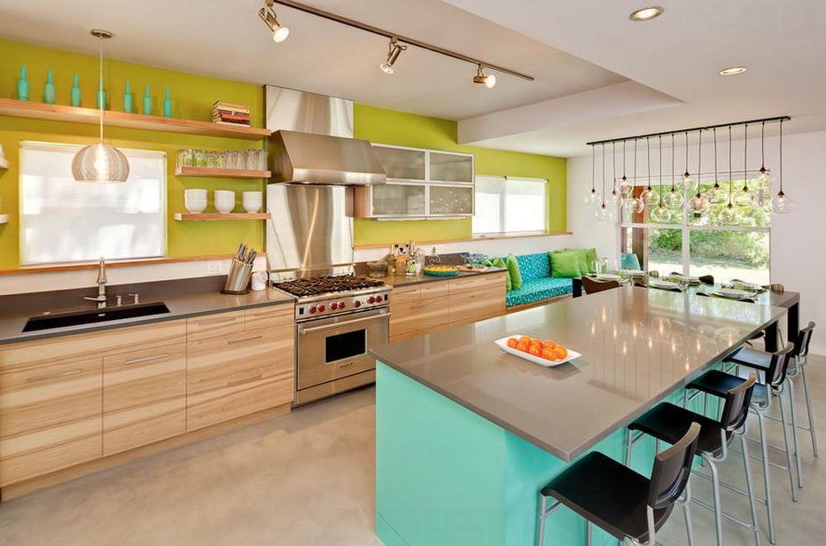 Кухня в стиле поп-арт - это сочетание модернизированного оборудования, свежих веяний моды и индивидуальности ее владельца