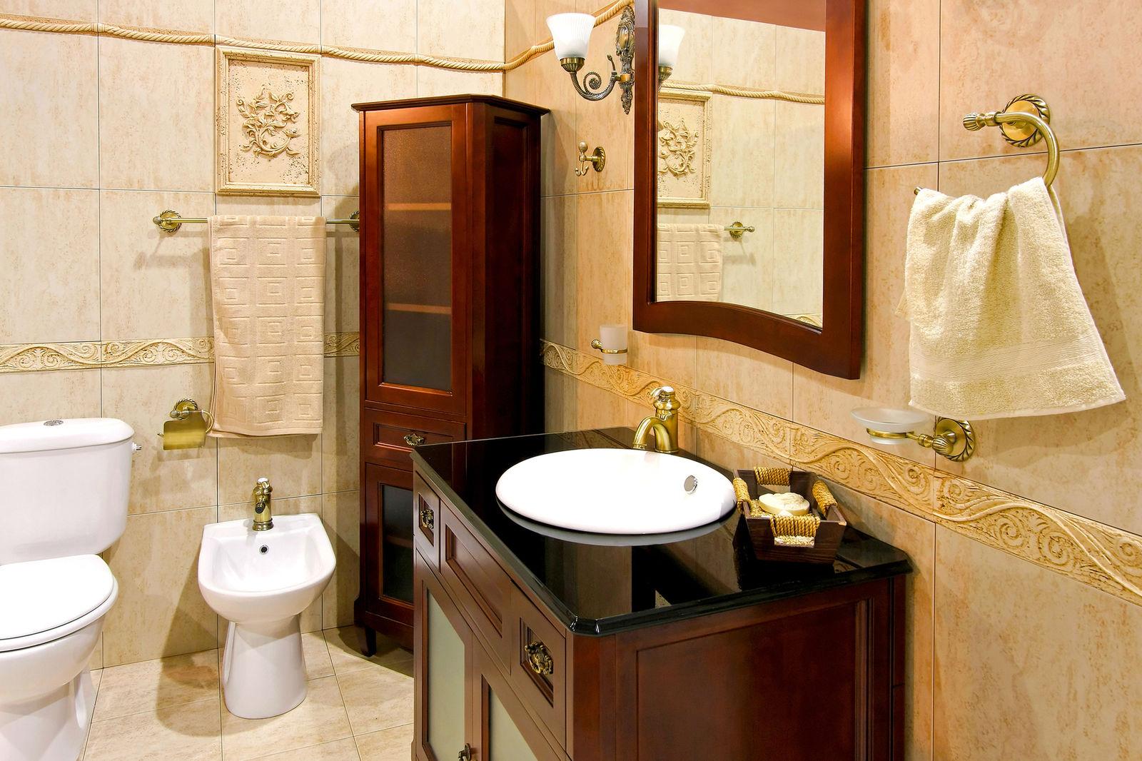 Держатели для полотенец в ванной комнате очень удобны и функциональны