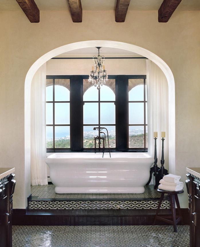 Потолочные балки в ванной