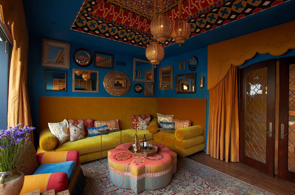 Гостиная в восточном стиле соединяет в себе уют и роскошь