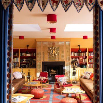 Желтая гостиная в восточном стиле