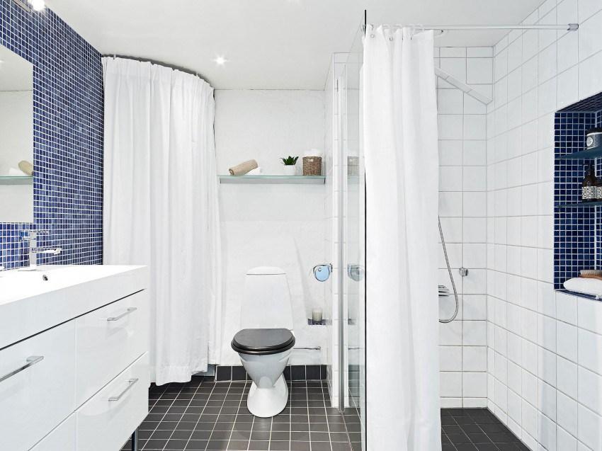 Акценты морских тонов в ванной лофт