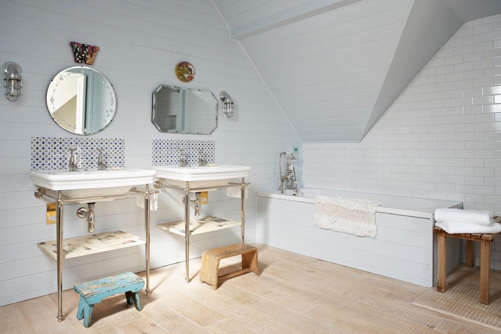 Уютная и неповторимая ванная в стиле шебби-шик