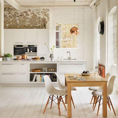 Маленькое окно на кухне