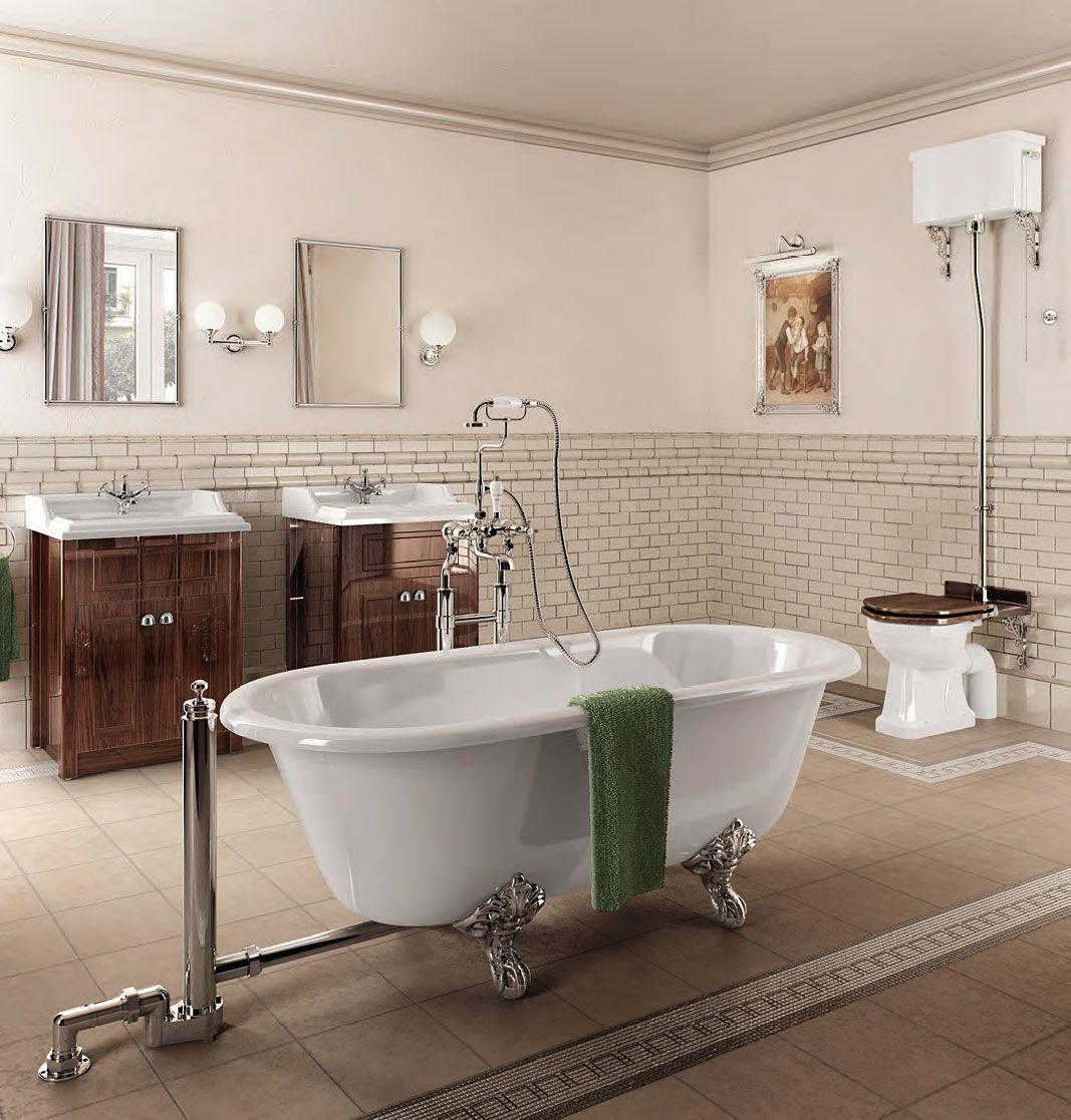 Классический стиль мебели в ванной комнате
