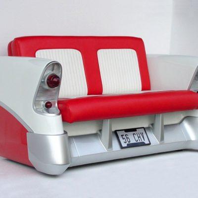 Диван в виде заднего сиденья машины в стиле поп-арт