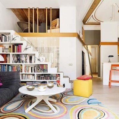 Яркая комната ретро дизайна