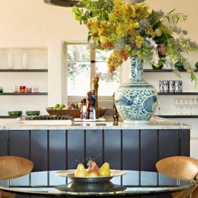 Расположение стола на кухне