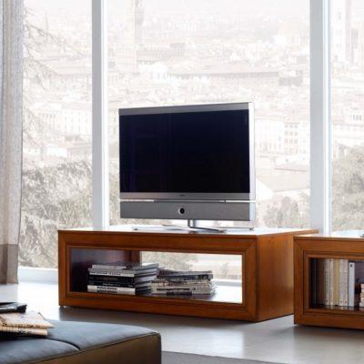 Тумбочка для телевизора и книг