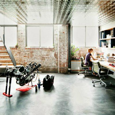 Офисв подвале