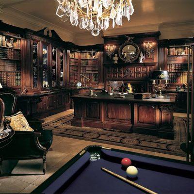 Элитная мебель в кабинете в английском стиле
