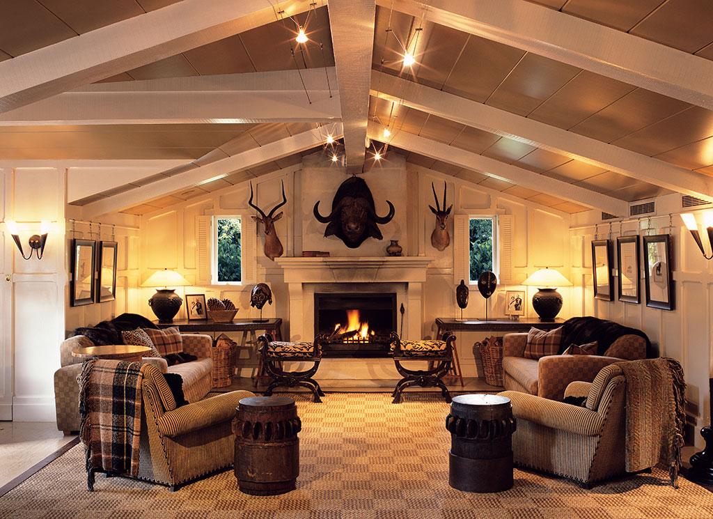 Гостиная в деревенском стиле - дух спокойствия и умиротворения